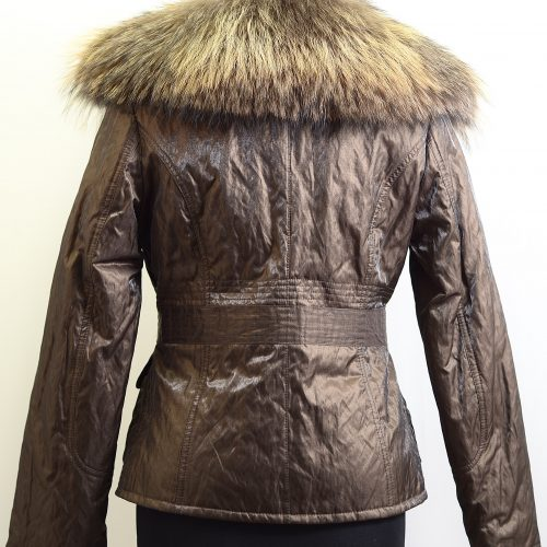 Women Textiles With Furs-0